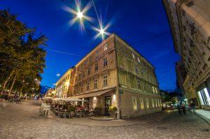 Zvezda Café